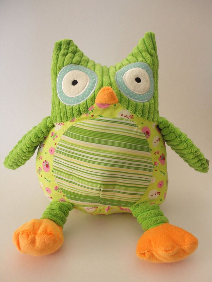 Barney the Green Owl Plush Toy - Soft and Cuddly Textured Fabrics - 27cm long
