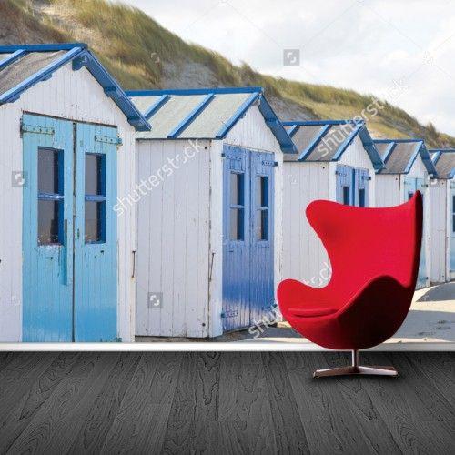 Fotobehang strandhuisjes aan de kust | Maak het jezelf eenvoudig en bestel fotobehang voorzien van een lijmlaag bij YouPri om zo gemakkelijk jouw woonruimte een nieuwe stijl te geven. Voor het behangen heb je alleen water nodig!   #behang #fotobehang #print #opdruk #afbeelding #diy #behangen #strand #strandhuisjes #strandhuis #huisjes #kust