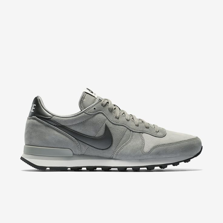Nike Internationalist Leather Men's Shoe. Nike Store
