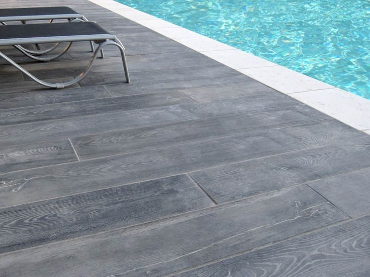 43 best Piscines images on Pinterest Swimming pools, Grey woodwork - piscine hors sol beton aspect bois
