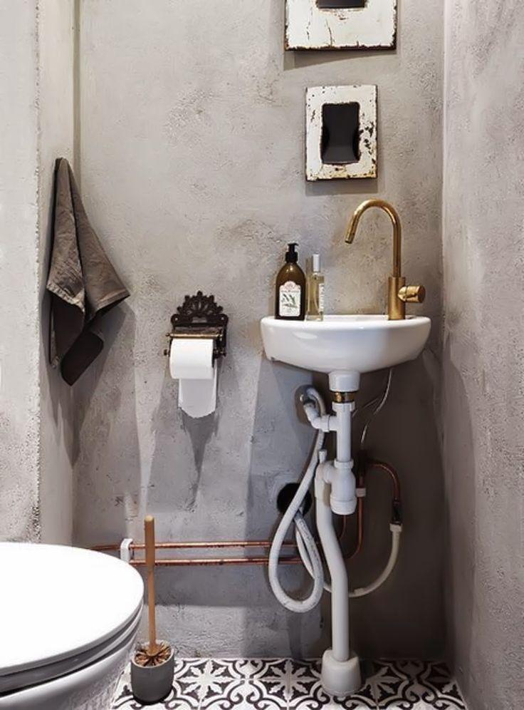 7x inspiratie voor de inrichting van het toilet - Roomed | roomed.nl #concrete #toilet #inspiration #interior #decoration #ideas #gold