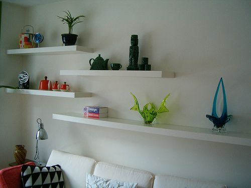 1000 ideas about long floating shelves on pinterest open shelving iron pipe shelves and wood shelf - Floating Shelves In Living Room