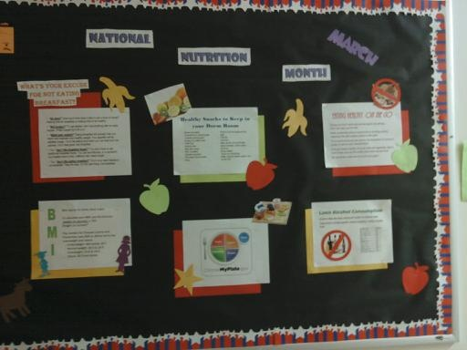 March - National Nutrition Month Bulletin Board: Work Hard, Ra Ideas, Bulletin Boards, National Nutrition, Nutrition Months Kids, Months Bulletin, Classroom Ideas, Patrick'S Day Nnm