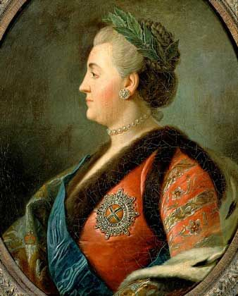 THIS DAY IN HISTORY~ 18 Nov 1796 Catherine II The Great died. She, a native German, ruled Russia within 34 years, and became one of the most popular and beloved women in Russian history. Interesting, that on the same day, but in 1558 died another woman - Mary I Tudor or Bloody Mary, a native English which name became a synonymous to the massacre, and the day of Mary's death (also it was the day of accession to the throne of Elizabeth I) was observed as a national holiday in England~.