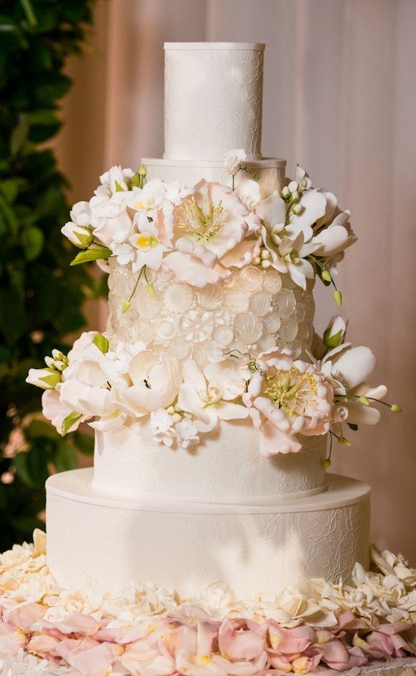 Luxury Wedding Cake   Lin and Jirsa Photography on  @BelleMagazine via @aislesociety