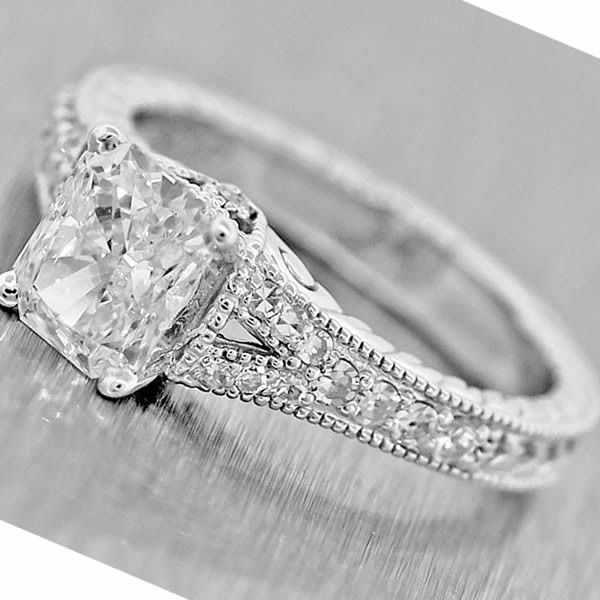 $16140 Vintage 14k Gold 1.82ct G-H SI2 Radiant and Round Diamond Engagement Ring