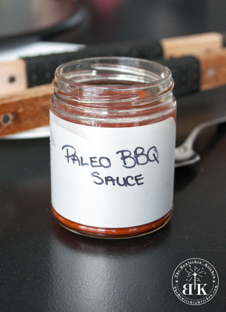 Homemade Paleo BBQ Sauce - this is super easy to make and tastes delicious. Add it to all of your paleo recipes. Tastes great with chicken, turkey and beef. Sure to be a summer bbq recipe favourite.   The Bewitchin' Kitchen