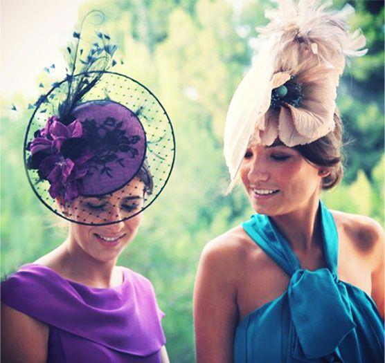#Cherubina #tocados  #invitadas #boda #wedding #headpiece Disco de birdcage y ala con adorno lateral