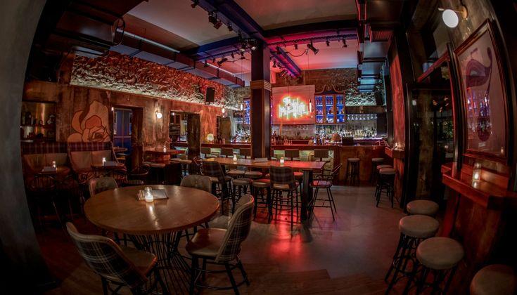 Το μπαρ της Νέας Φιλαδέλφειας απέκτησε καινούργιο εστιατόριο που σερβίρει απρόσμενο street food με την υπογραφή των Γρηγόρη Χέλμη και Ανδρέα Διακοδημήτρη από το Μεζέν.