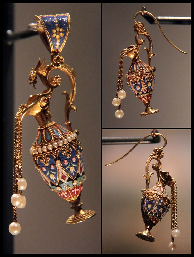 Mosaic Pendant and Earrings, Roma, about 1870