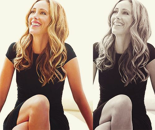 You are so stunning Kim Raver