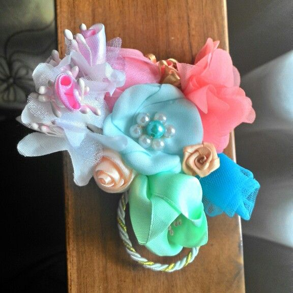 Colorful brooch