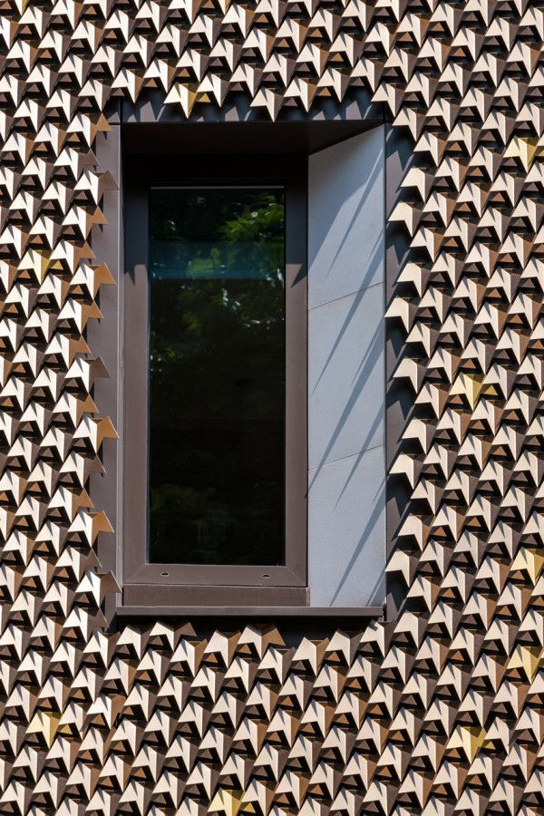 A Leaf Covered House Grows In London. Facade PatternMayfair ...