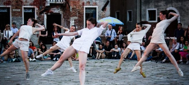 Cesc Gelabert, Campo Sant'Angelo, ph. Michelle Davis #biennale #danza #venezia