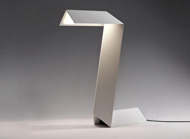 Elegant and stylish desk lamps the simple zeta lamp design