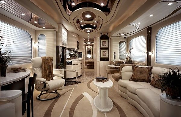 bus caravane salle salon cuisine bain chambre garage tlvision voiture luxe dollars ayk caravane de luxe pinterest cuisine - Salon De Luxe