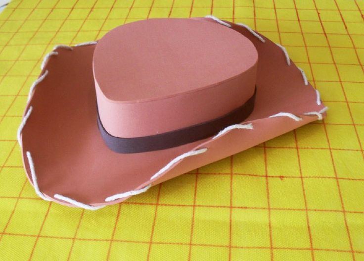 Paso a paso como hacer un sombrero de vaquero de goma eva - Imagui