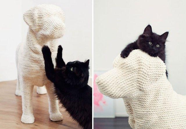 Когтеточки в виде собак, которые снимают стресс у кошек