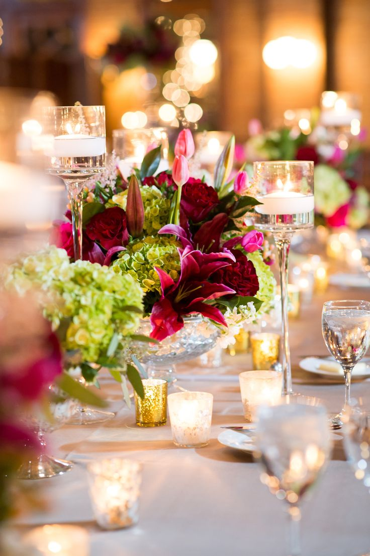 Elegant wedding centerpieces - Pair Bright Centerpieces With Warm Candlelight For An Ultra Romantic Evening Ambiance At Your Wedding Reception