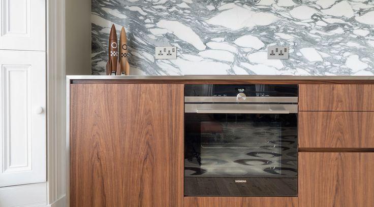 Cheltenham bespoke kitchen siemens oven powell picano