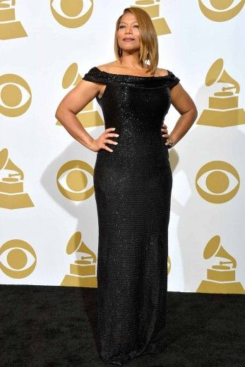 In a Carmen Marc Valvo gown, Queen Latifah is forty and fabulous!