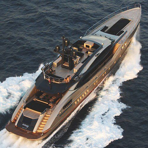 themanliness:  Palmer Johnson Yacht! via @big.toys! Where in the world would you sail? And who would you bring? ———– ©Unknown