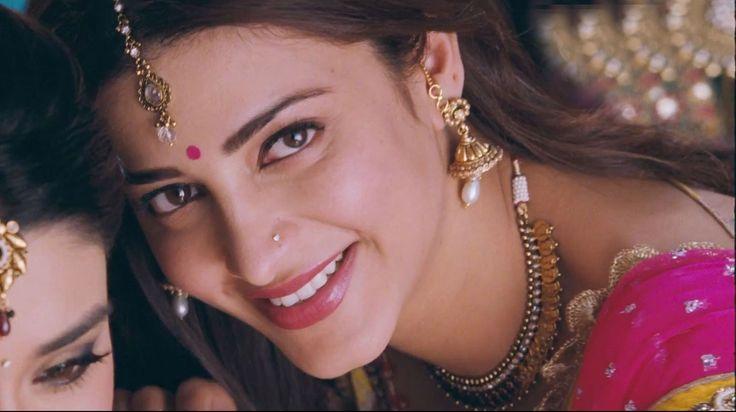 Shruti Hassan Latest Photos in Ramaiya Vastavaiya Movie - Latest Telugu Movie Wallpapers and Images