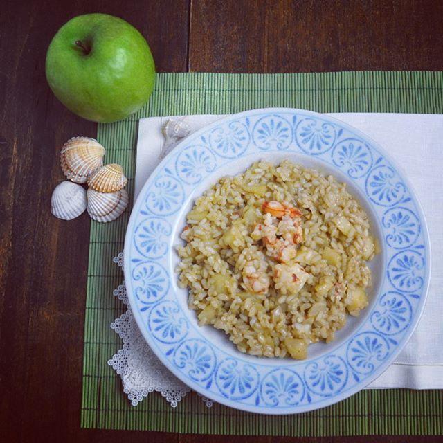 #cena con #risotto #gamberi e #meleverdi  #squisito #sabatosera #yummy #saturdaydinner #senzaglutine #glutenfree #singluten #glutenfrei #shrimp #seafood #delicious #rice #arroz #riso #italianrice #risoitaliano #delizioso  #healthyfood #healthychoices #cibosano #italianfood #ciboitaliano #italy #mangiaresano