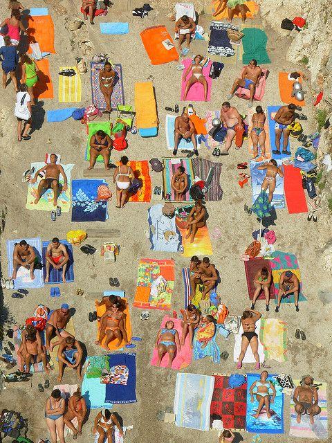 spiaggie salento | suggestiva e colorata immagine della spiaggetta del Ciolo. La spiaggia ...