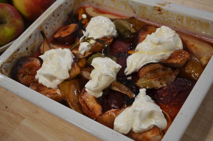 Fruit uit de oven met Griekse yoghurt - recept | 24Kitchen