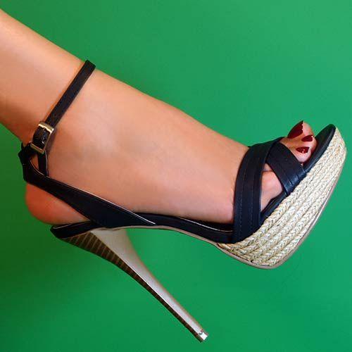 Riverberry Womens Dynamite Ankle Strap Stilettos in Black
