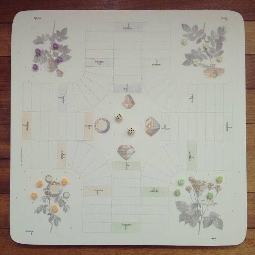 """"""" El jardín del tesoro """" tablero de parqués para 4 jugadores. Pieza única #Himallineishon #game #illustration #art #homedecor #handpainted  (en Himallineishon)"""