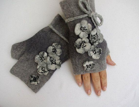 Felted Fingerless Gloves Fingerless Mittens Arm warmers by LBFelt, $30.00