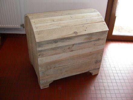 coffre jouets en bois de palette style industriel tr s belle finitions ponc naturel solide. Black Bedroom Furniture Sets. Home Design Ideas