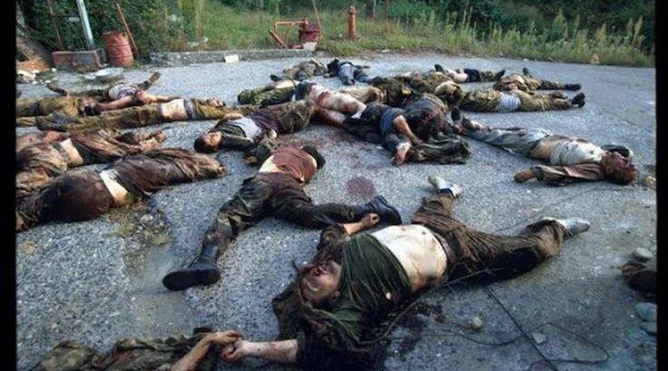 Пережившие плен украинские бойцы рассказали о пытках, которые применяли российские военные и наемники на Донбассе.  Как сообщает Цензор...