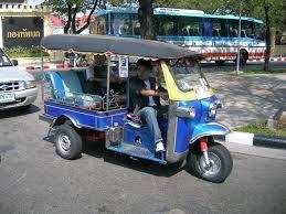 Nel futuro prossimo i Tuk Tuk a benzina vecchio stile spariranno da Malindi e dalla costa keniota. #curiosity #tuktuk #Kenya #Malindi