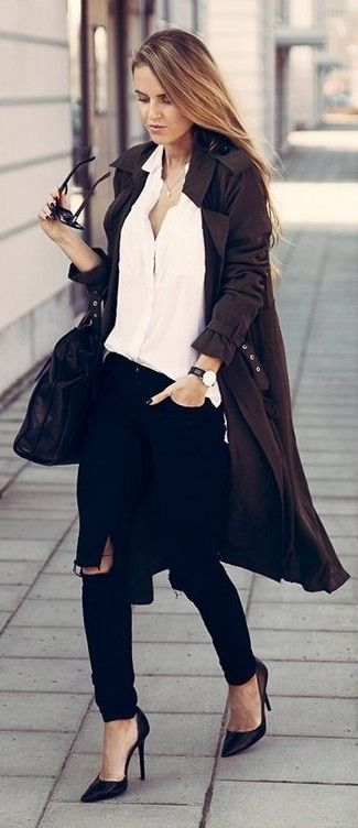 Khaki Green Trench, White Shirt, Black Skinny Jeans, Black Bag, Black Court Shoes | By Kiki