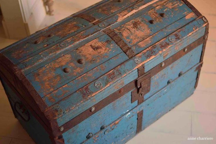 Este baúl ha sido restaurado pero se ha mantenido su esencia. ¿Lo vemos?