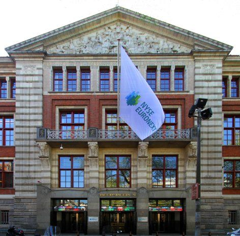 2005-2010 Referential Assistant Market Supervision and Officer Corporate Actions Listing Department, NYSE Euronext Amsterdam