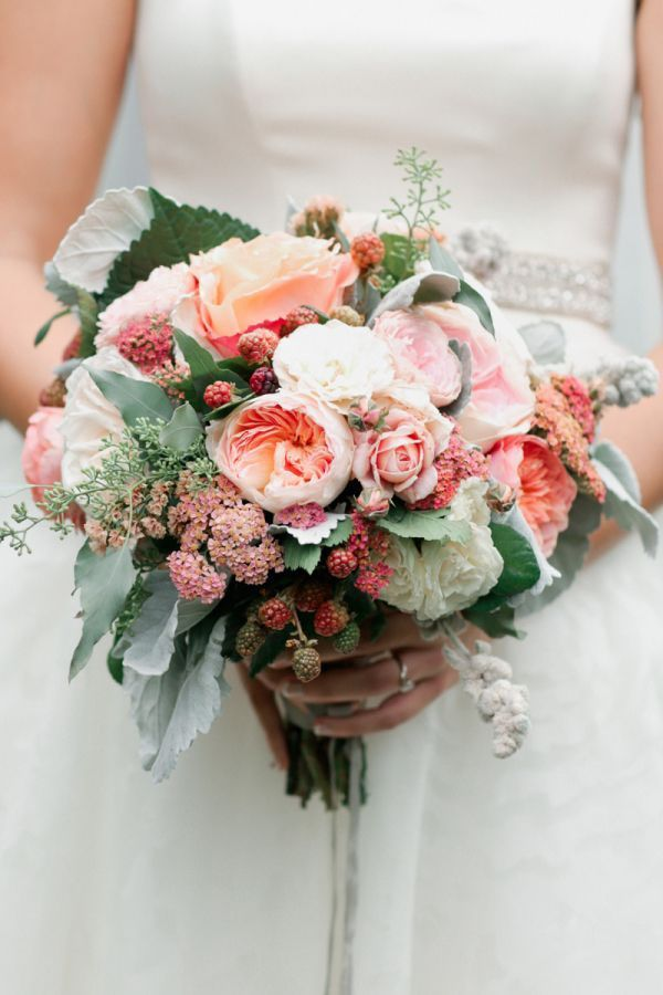 garden rose and berry bouquet