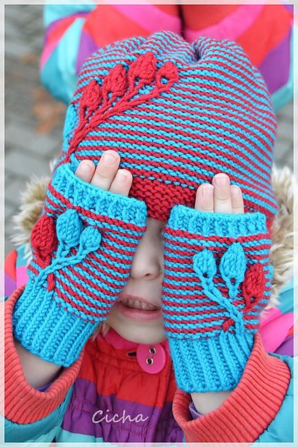 Ravelry: Cicha's Estera's Alize Mitts#knitting #hat #craft #mitts #gloves