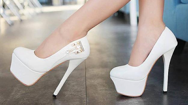Белые туфли на высоком каблуке на свадьбу