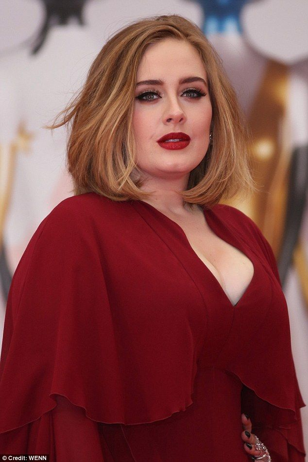 Adele arrives at BRITs 2016 red carpet in busty caped scarlet gown | Daily Mail Online