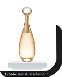 J'ADORE Eau de Toilette DIOR - Parfum Femme - Marionnaud