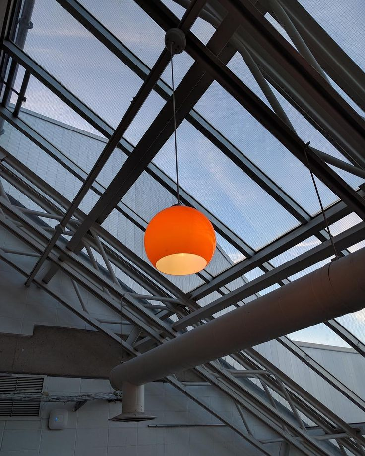 This Glass ceiling at out TRA campus makes for perfect lighting. And's it's even on brand! Thanks for sharing this shot with us @navzz07!
