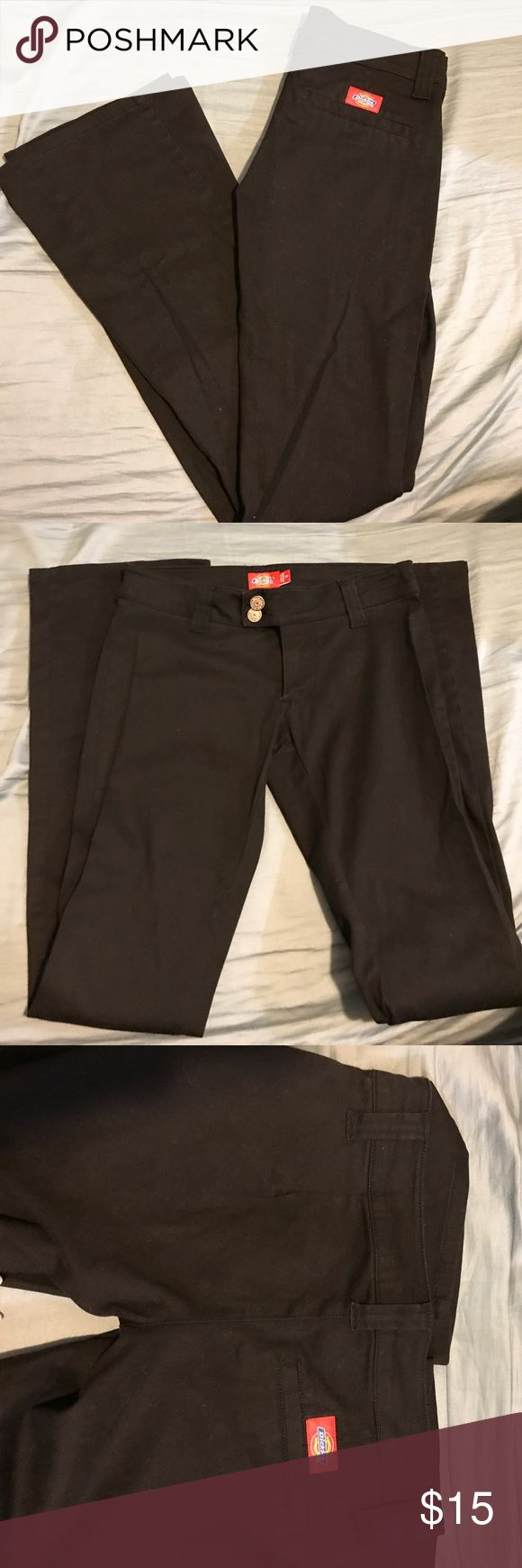 🎈3 for $25🎈Dickies pant Worn less than 5x/bootcut/ 2 front pockets and double front buttons/ one fake pocket in the back Dickies Pants Boot Cut & Flare