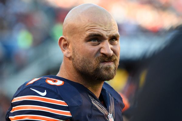 Kyle Long gives Bears tickets to trash collector who found wallet | Yardbarker.com