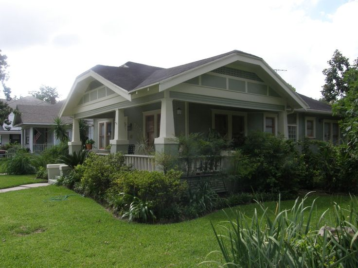 Wrap around porch beautiful bungalows pinterest high for Craftsman home builders houston