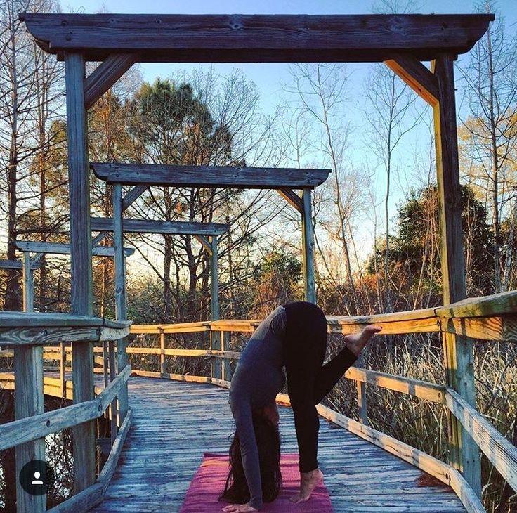UTTANASANA | FORWARD-BEND VARIATION... #Asana #Namaste #YogaPlay #Yogi #YogaChallenge #Strength #YogaFlow #PracticeAndAllIsComing #IGYoga #Yoga #Flexibility #YogaEveryday #Fitness #YogaEverywhere #Balance #YogaPractice #YogaInspiration #Practice #YogaLife #CrazySexyYoga #YogaLove #Yogini #YogaJourney #SelfTaughtYogi