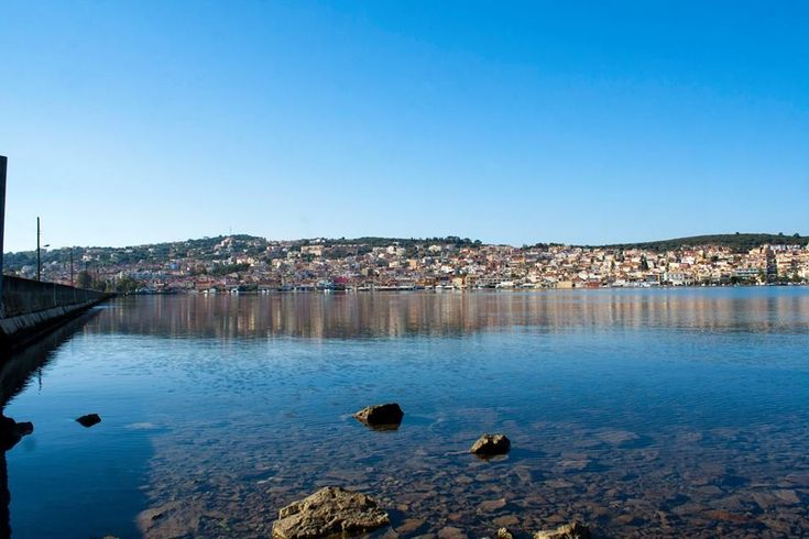 Argostoli is the capital of Kefalonia and the island's largest city, with a population of 9,748 residents, a picturesque town built on hills surrounding the lagoon of Koutavos. #Greece #Kefalonia #Terrabook #GreekIslands #Travel #GreeceTravel #GreecePhotografy #GreekPhotos #Traveling #Travelling #Holiday #Summer